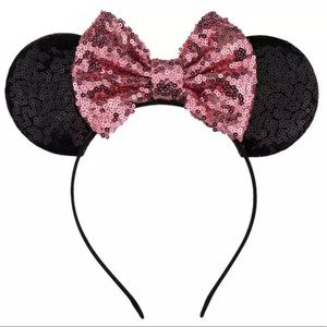 💗🖤 SPARKLY MINNIE MOUSE EARS! $35 @ Disneyland